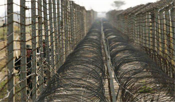 पाकिस्तान ने एलओसी पर तैनात किए 2000 सैनिक